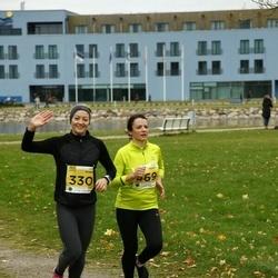 43. Saaremaa kolme päeva jooks - Hanna Veisman (330), Karin Paloots (469)
