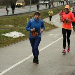 Tartu Novembrijooks - Sandra Pehk (135), Marika Kisand (237)