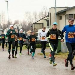 Tartu Novembrijooks - Tarvo Treier (105), Jana Treier (106), Lauri Enn (180), Kajar Tilga (289)