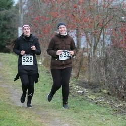 Tartu Novembrijooks - Pille Paring (528), Liisi Kont (532)