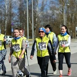 Tartu Parkmetsa jooks - Aila Patrason (754), Hele Nädal (757), Natalja Kadak (758)