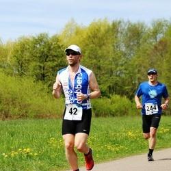 46. jooks ümber Harku järve - Antti Asi (42), Karel Krist (244)