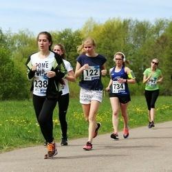 46. jooks ümber Harku järve - Kairi Joasaar (122), Milena Kozel (238), Julija Varušina (734)