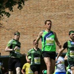 4. Kekkoneni jooks - Rauno Laumets (76), Olle Kärner (89)