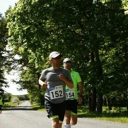 Hiiumaa VII jooksumaraton - Fred Randver (152), Eiko Roosimägi (154)
