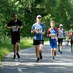36. jooks ümber Pühajärve - Rivo Roo (181), Alekszej Morgunov (546), Denis Sapogov (668)