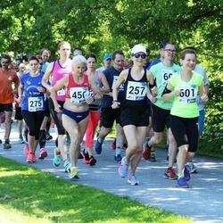 36. jooks ümber Pühajärve - Mirjam Mäesalu (257), Ljudmila Kolubanova (456)