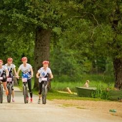 II Pühajärve matkamaraton tõukeratastel - Annika Aruots (227), Merilin Aruots (228), Jaanika Aruots (229), Angelika Aruots (230)