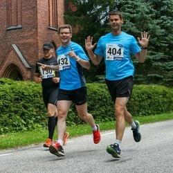 4. Suvejooks ümber Saadjärve - Jaanus Joasoo (404), Mihkel Läänelaid (432)