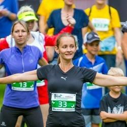 Seve Ehituse heategevusjooks - Ingrid Mardisoo (13), Anna Belik (33)