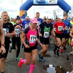 45. jooks ümber Ülemiste järve - Kristiina Ranne (119), Eedi Sepp (369)
