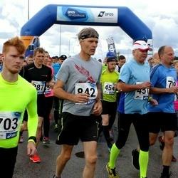 45. jooks ümber Ülemiste järve - Martin Möllits (703), Ülo Urb (842)