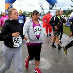45. jooks ümber Ülemiste järve - Kati Lilienthal (657), Pille Uuselu (846)