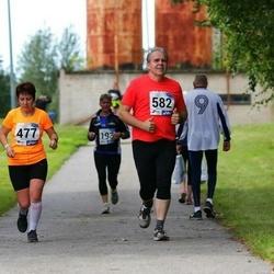 45. jooks ümber Ülemiste järve - Agnes Siniorg (477), Kalle Kask (582)