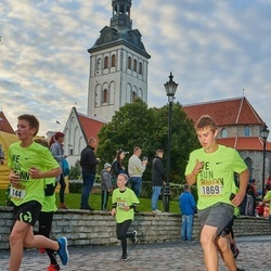 Nike Noortejooks/ We Run Tallinn - Jannes Niine (144), Artjom Alektorov (1869)