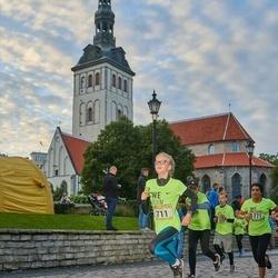 Nike Noortejooks/ We Run Tallinn - Ruth Mary Onga (711), Anjali Venkatasubramanian (1771)