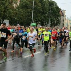 SEB Tallinna Maratoni Sügisjooks 10 km - Hendri Paljasmaa (97), Heleri Leibenau (159), Maksim Larjuhhin (233), Kelli Floren (236), Rauno Käige (267)