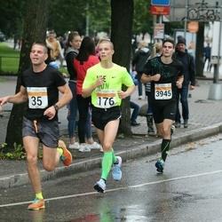 SEB Tallinna Maratoni Sügisjooks 10 km - Alan Lebrecht (35), Karol Hanga (176), Egert Teesaar (3945)