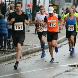 SEB Tallinna Maratoni Sügisjooks 10 km - Arvi Palutaja (171), Tauri Tikerpe (476)