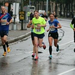 SEB Tallinna Maratoni Sügisjooks 10 km - Oleg Kozlov (123), Brit Rammul (243), Karitsa Keisteri (1136)