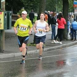 SEB Tallinna Maratoni Sügisjooks 10 km - Karl Tõnissoo (98), Vambo Oolberg (234)
