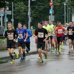 SEB Tallinna Maratoni Sügisjooks 10 km - Christopher Kalev (48), Hendri Paljasmaa (97)