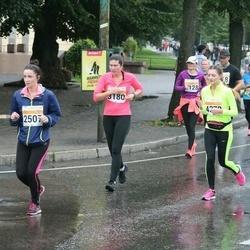 SEB Tallinna Maratoni Sügisjooks 10 km - Helen Reier (2507), Kadry Rosenberg (3180)