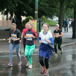 SEB Tallinna Maratoni Sügisjooks 10 km - Agne Vilt (833), Krete Pajo (4532)