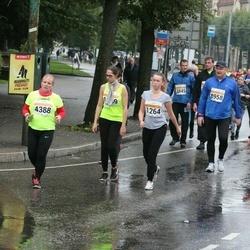 SEB Tallinna Maratoni Sügisjooks 10 km - Adelina Stepanova (1264), Anneli Seppago (4388), Raivo Vasnu (8958)