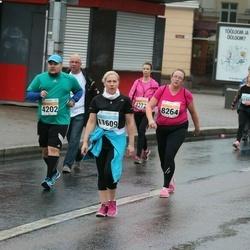SEB Tallinna Maratoni Sügisjooks 10 km - Kadi Veeroos (8264), Arika Kajandi (11609)