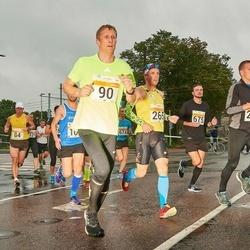 SEB Tallinna Maratoni Sügisjooks 10 km - Renee Kulbas (90), Kristjan Tammearu (675)