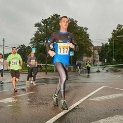 SEB Tallinna Maratoni Sügisjooks 10 km - Raimo Einberg (117), Madis Loit (287)