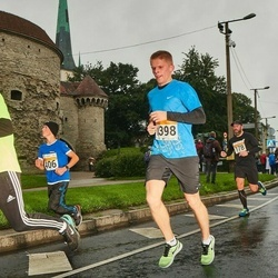 SEB Tallinna Maratoni Sügisjooks 10 km - Christian Alamaa (406), Arno Kärg (1398)