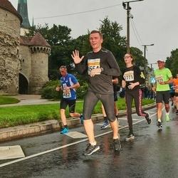 SEB Tallinna Maratoni Sügisjooks 10 km - Tarvo Mets (482), Tatjana Požarnaja (1771), Veiko Jansen (3939), Jaanus Loitmaa (4554)