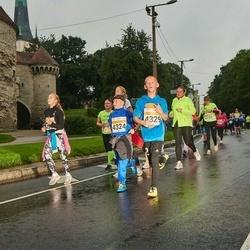 SEB Tallinna Maratoni Sügisjooks 10 km - Kevin Sims (4324), Richard Silm (4329)