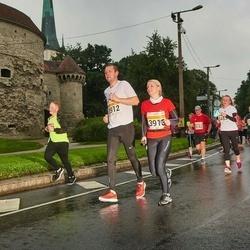 SEB Tallinna Maratoni Sügisjooks 10 km - Erki Tamm (3912), Heneli Saulep (3913)