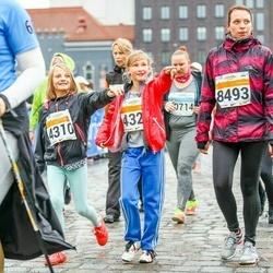 SEB Tallinna Maratoni Sügisjooks 10 km - Astrika Maisto (4310), Kätlin Luhaäär (8493)