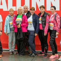 SEB Tallinna Maratoni Sügisjooks 10 km - Alexander Burdyga (1808), Tatjana Jevsejeva (8919), Galina Sergejeva (8928)