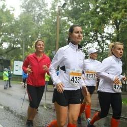 SEB Tallinna Maratoni Sügisjooks 10 km - Margit Mets (4230), Marina Doroshenko (4232)