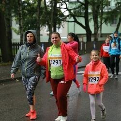 SEB Tallinna Maratoni Sügisjooks 10 km - Anzela Pihlakas (8291), Brigitta Pihlakas (8292)