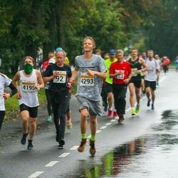 SEB Tallinna Maratoni Sügisjooks 10 km - Taivo Lillo (92), Anastasia Sakova (685), Nikita Duško (4195), Joonas Mengel (4293)