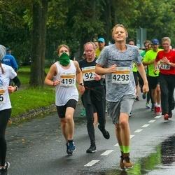 SEB Tallinna Maratoni Sügisjooks 10 km - Anastasia Sakova (685), Nikita Duško (4195), Joonas Mengel (4293)
