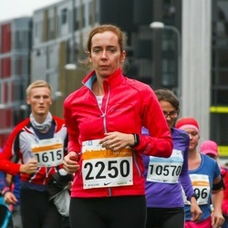 SEB Tallinna Maratoni Sügisjooks 10 km - Hele-Mai Sammel (2250)