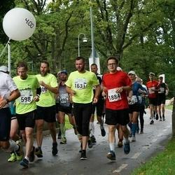 SEB Tallinna Maraton - Martti Rooba (598), Aare Kesamaa (1631), Ülar Vaadumäe (1884)