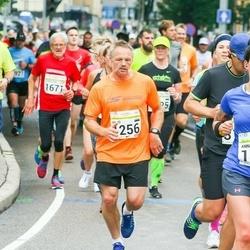 SEB Tallinna Maraton - Viljo Prantsus (1256), Are Vest (1498), Christian Sepstrup Pedersen (1671), Anna Maria Võsu (1843)
