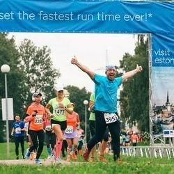 SEB Tallinna Maraton - Elina Laanep (1477), Vladimir Levin (3952)