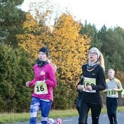 44. Saaremaa kolme päeva noorte jooks - Anna Maria Raspel (16), Anette Hantson (109)