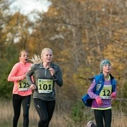 44. Saaremaa kolme päeva noorte jooks - Jete Mari Jürjo (12), Anni Jõe (101)