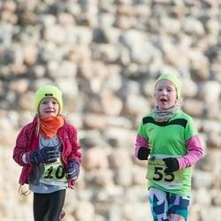 44. Saaremaa kolme päeva noorte jooks - Berta Kurvits (55), Miia Kubjas (105)