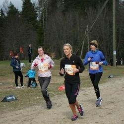 Sportland Kõrvemaa Kevadjooks - Pille Põldsam (1162), Christine Lumen (1228), Triinu Tamm (1230)
